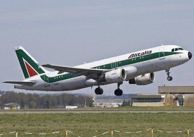 Alitalia si colloca tra le 20 compagnie più puntuali al mondo