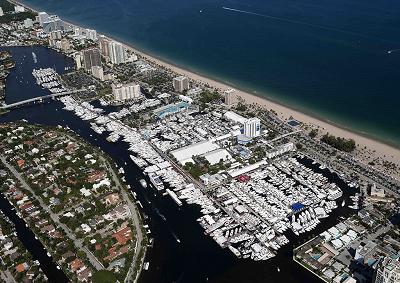 Azimut Benetti a Fort Lauderdale Intl Boat Show 2014