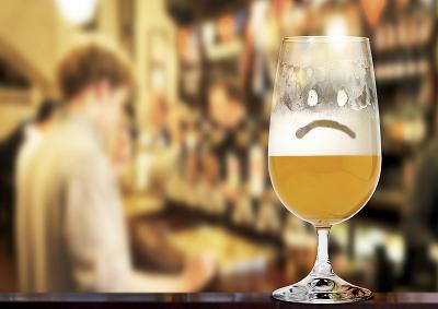 Renzi all'assalto della birra con terzo rincaro delle accise