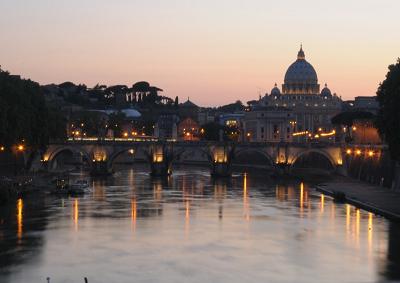 Roma e Washington: capitali agli antipodi per i servizi