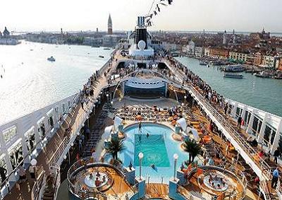 """Turismo: un'estate di crociere, fanno """"sold out"""" in Italia"""