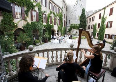 Matrimoni: 'wedding tourism mania' Made in Italy vale 315 milioni euro