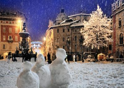 Natale: tempo di neve, shopping, nuove tappe treno mercatini