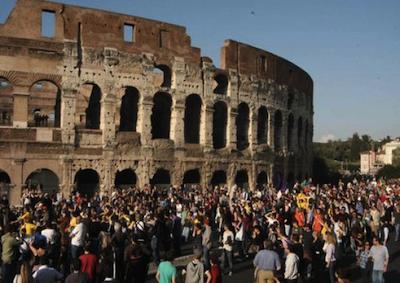 Il turismo 2015 dà segnali di ripresa, ma resta gap da colmare