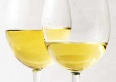 Tornano a crescere anche all'estero i vini Bianchi toscani