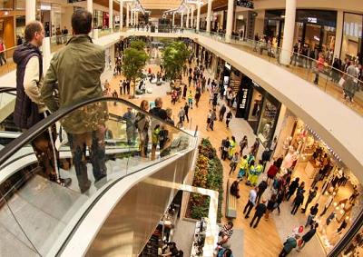 Il Centro, maxi shopping mall ad Arese, al posto di Alfa Romeo
